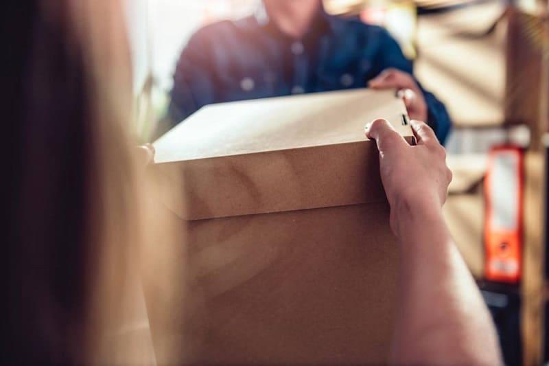 Quels sont les avantages de passer par une entreprise d'envoi de colis