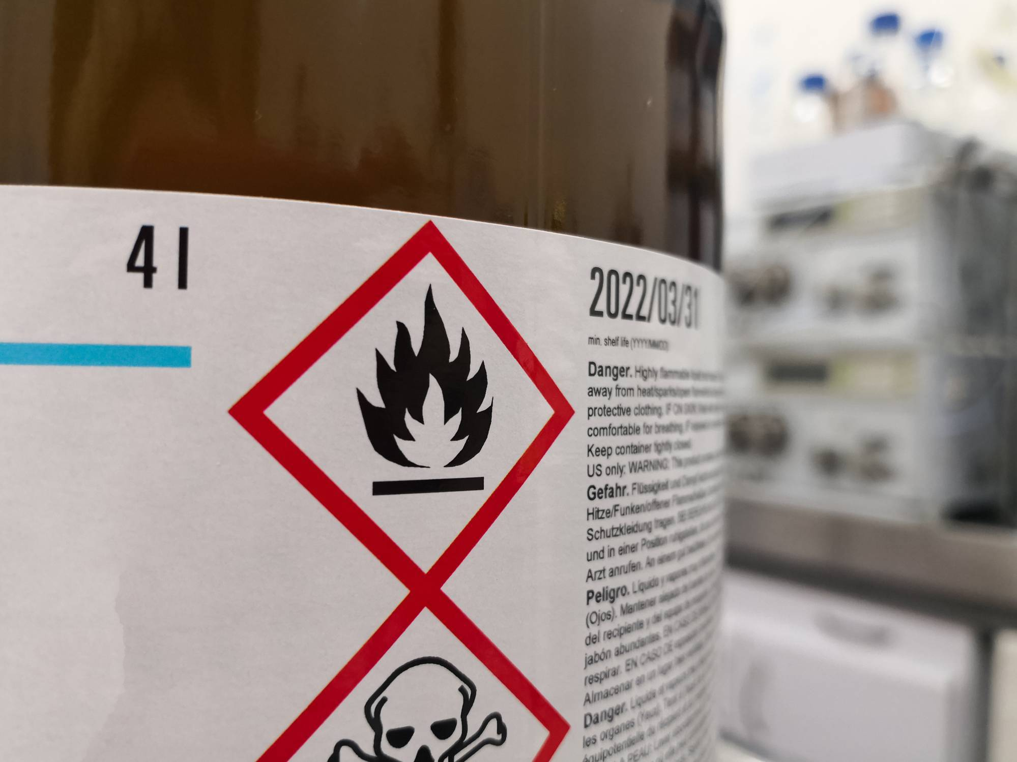 Produits dangereux armoire anti-feu