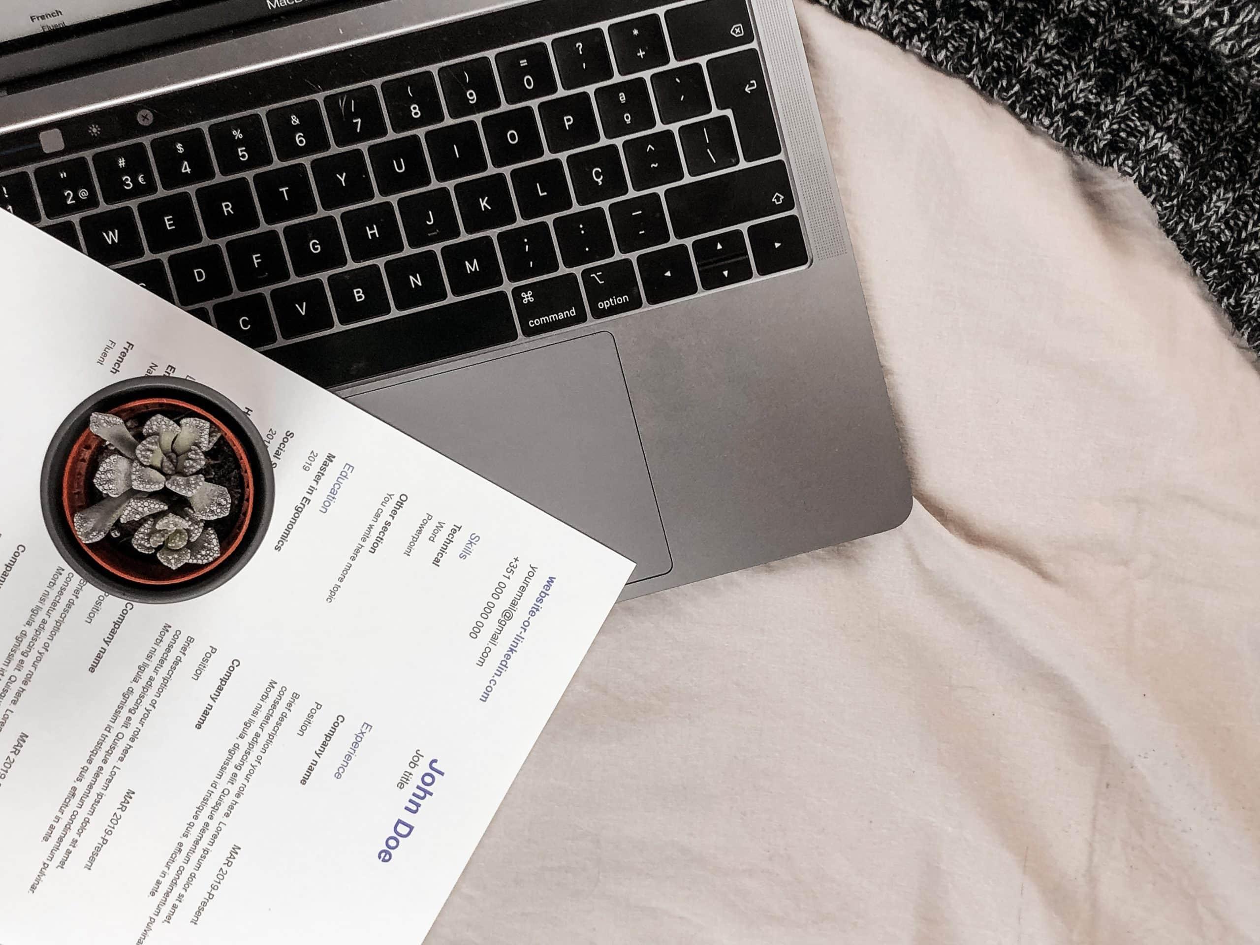 CV sur un ordinateur